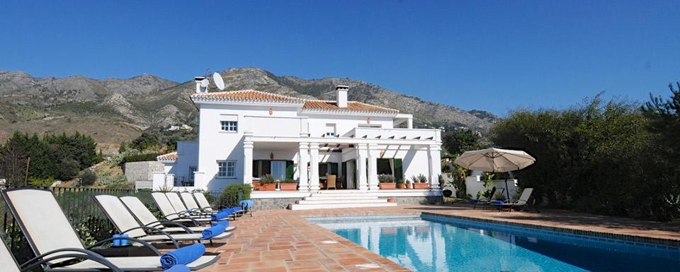 Alhabero Stunning Villa To Rent In Alqueria Mijas