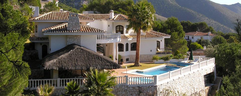 Casa tartuffo for a peaceful tranquil holiday in mijas for Apartamentos villa jardin cambrils