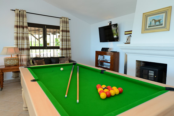 Pool table at Casa Adelante holiday villa for rent - Mijas, Spain