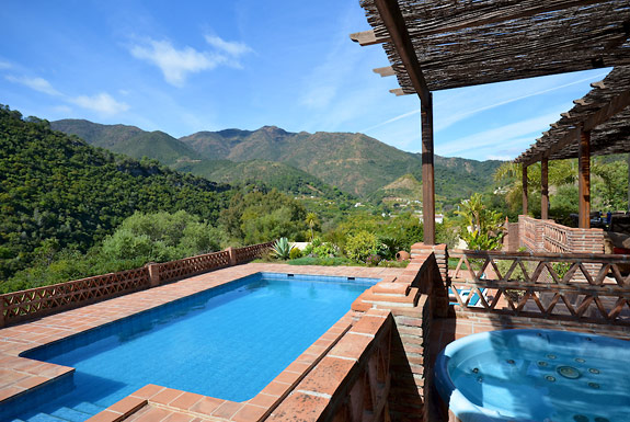 Haciena Alamo - a tranquil holiday hideaway in Spain