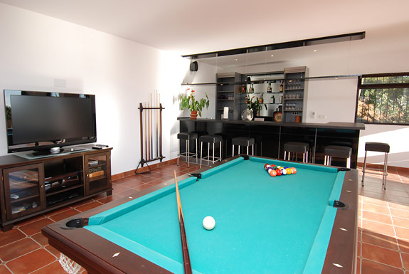 Games room at Alta Vista holiday villa in Mijas
