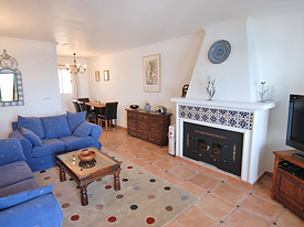 Spacious lounge at La Fuente holiday apartment, Mijas