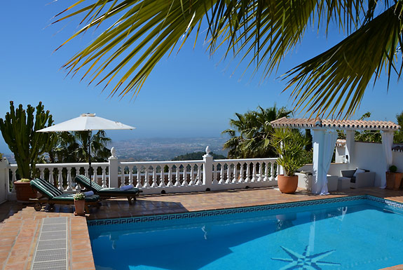 Fabulous views at Casa la Noria holiday villa for rent, Mijas, Spain