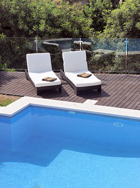 Relax by the pool at Paseo del Mar, Mijas