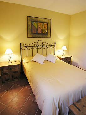 Double bedroom at Olivar
